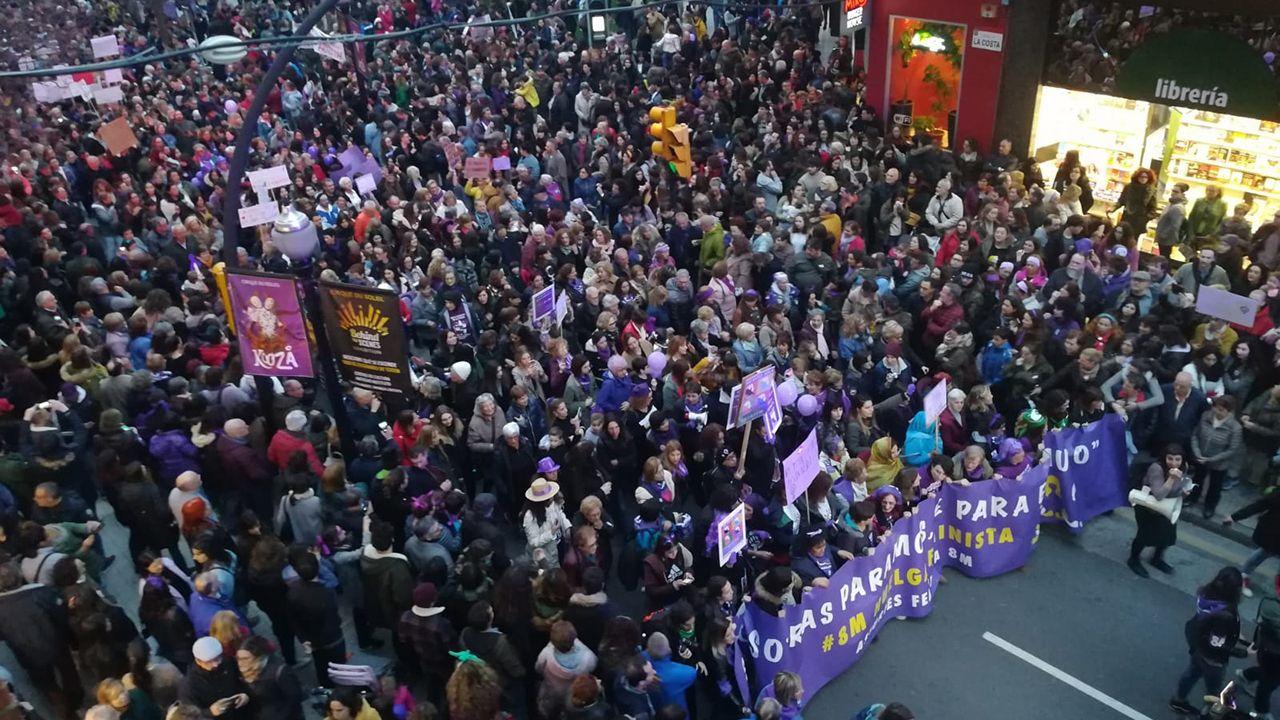 Mejores formas de reciclar.Manifestación del 8-M en Gijón