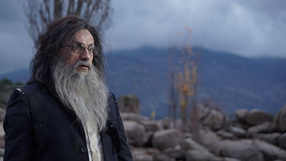 .José Mota, caracterizado como un Mariano Rajoy náufrago y perdido en una isla.