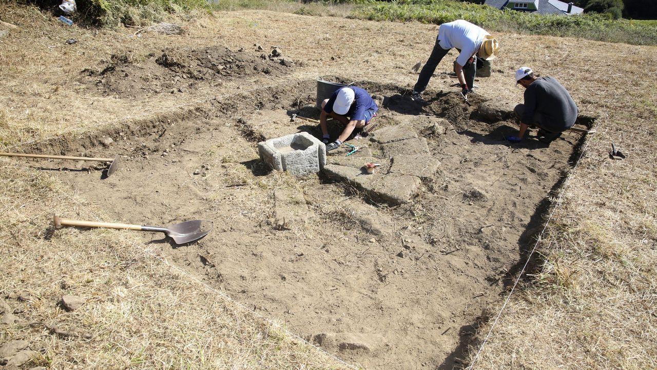 Todas las imágenes de la inauguración del cementerio de Baio