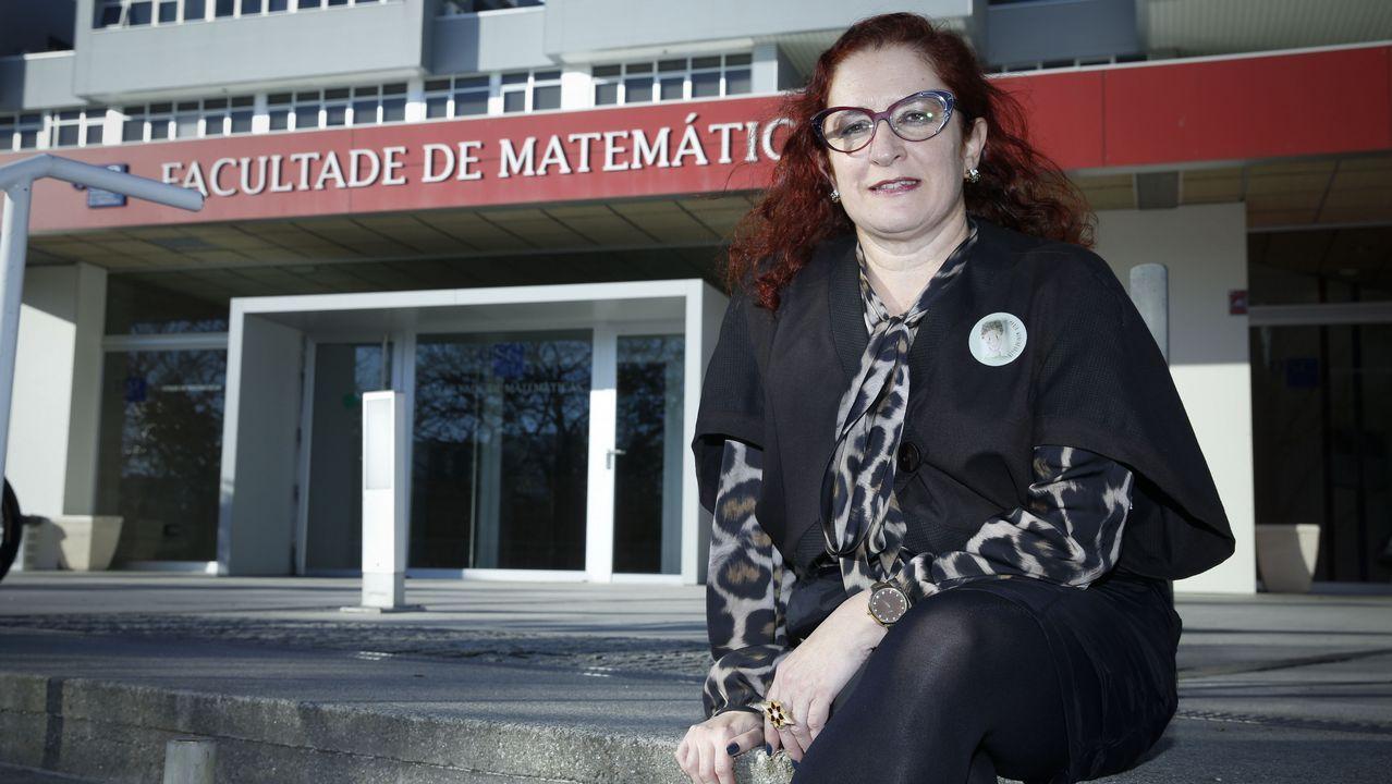 Villares lamenta el voto a favor de las cuentas de cuatro diputados de En Marea.Alexandra Fernández, en el Congreso