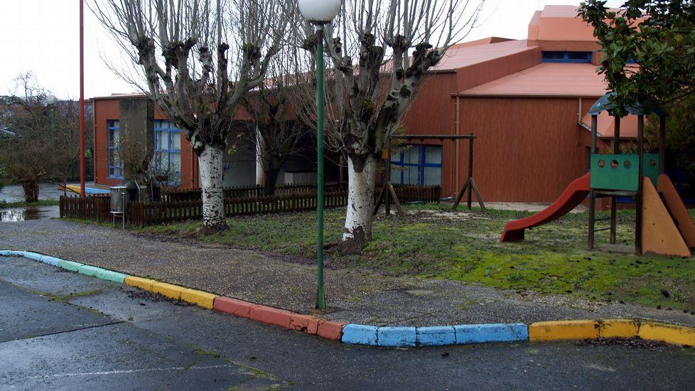 Un simulador forestal para los alumnos del Ies de Mondoñedo.Jaume Carbonell fue director de «Cuadernos de Pedagogía» hasta su jubilación