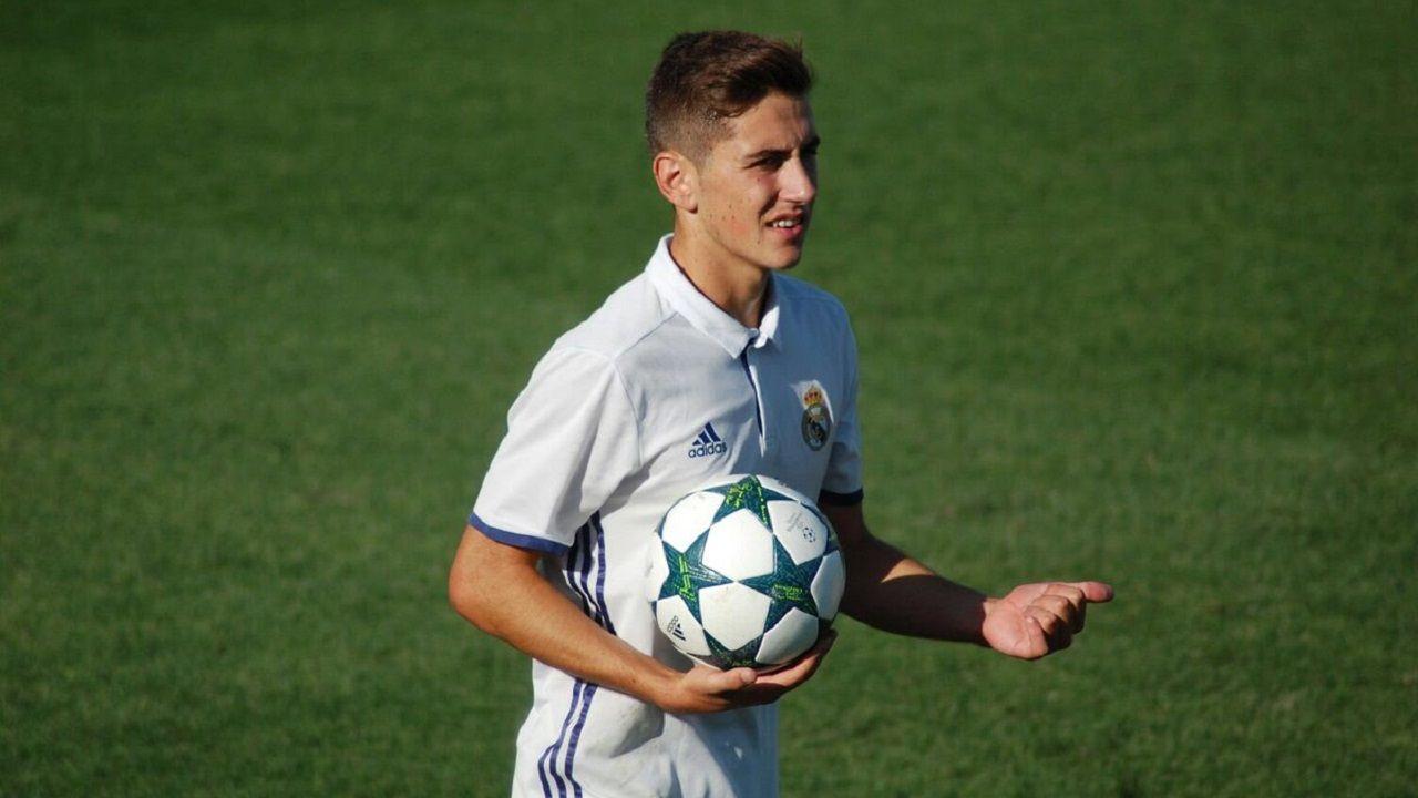 Javi Hernández, en su etapa de juvenil en el Madrid