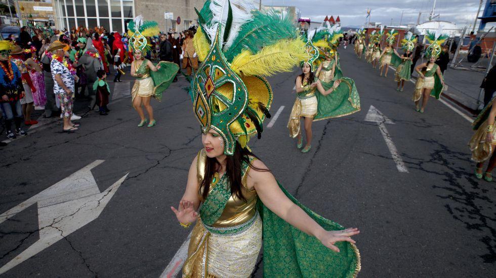Desfile de carnaval en Pobra do Caramiñal.El letrado ganó hace diez años dos pleitos a la SGAE.