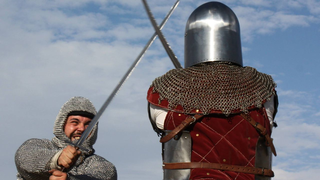 Lucha  medieval entre dos guerreros