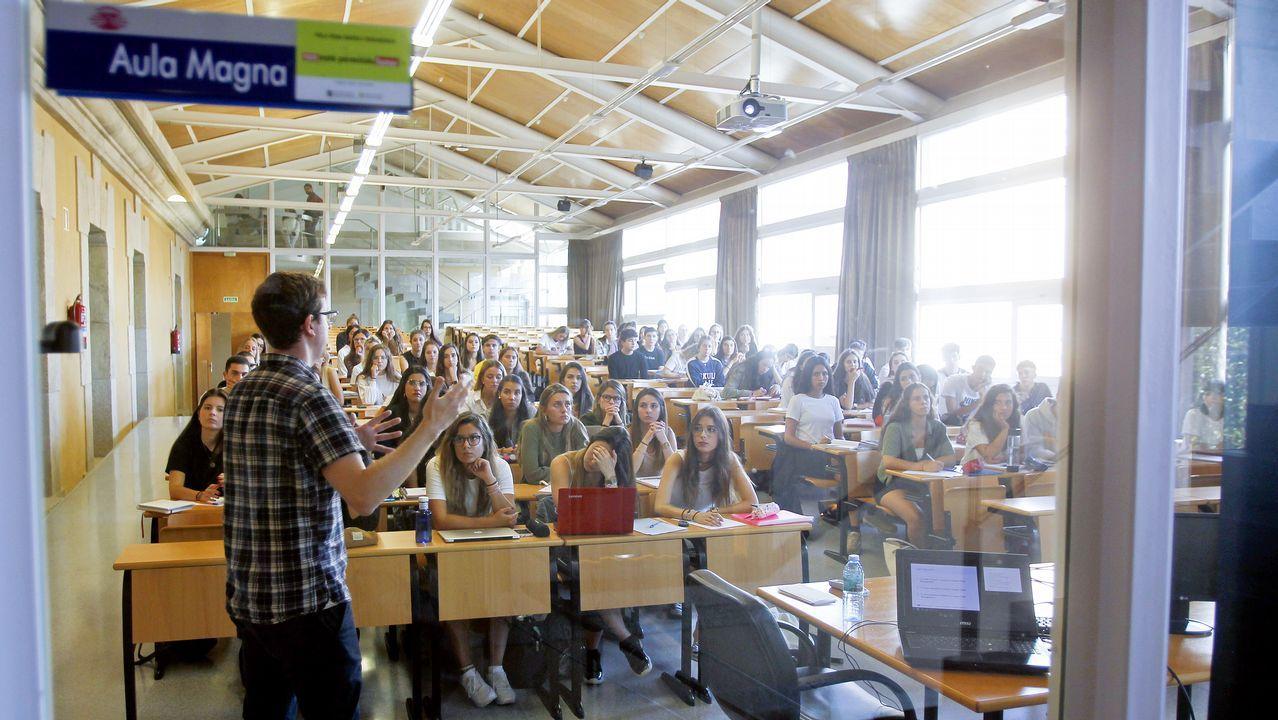 Las clases del grado de Xestión Industrial da Moda comenzaron ayer en la Facultad de Humanidades y Documentación