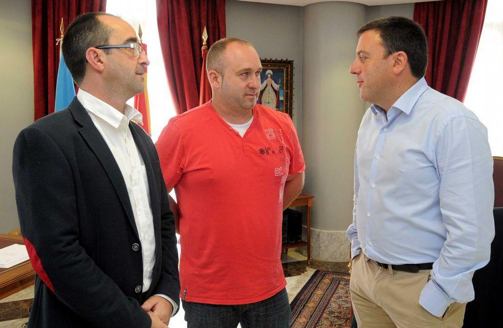 .Jorge Tuñas fue recibido en la Diputación por Valentín Formoso