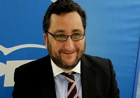 Norberto Uzal, durante una reunión del PP.