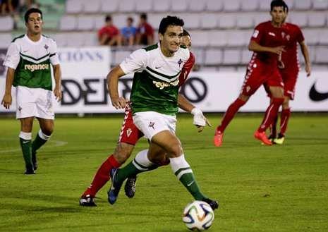 Churre finalizó la falta que aprovechó el Racing en el campo del Atlético Astorga.