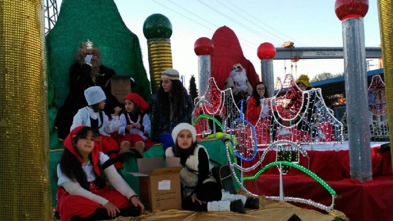 Caballero promete buen tiempo para la Cabalgata de Reyes.Natalia y Abel, de Animales viajeros