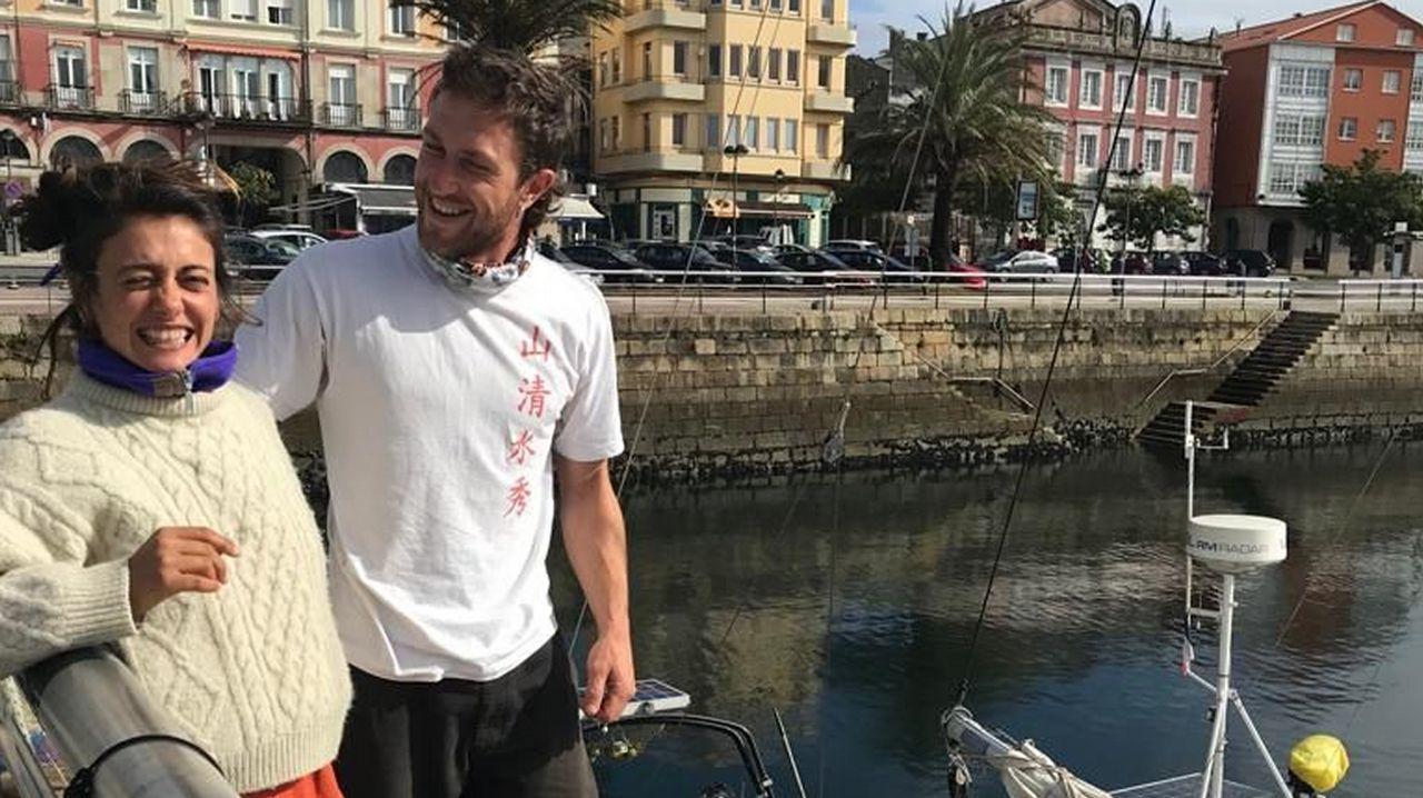 ¿Por qué ha chocado el ferry en el puerto de Barcelona?.Nacho Vegas en un fotograma de «Cantares de una revolución», de Ramón Lluís Bande