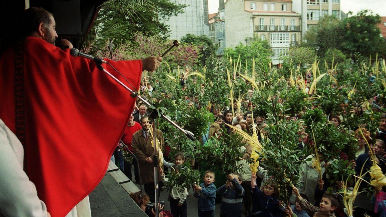 Semana Santa de Viveiro. Procesión del Ecce-Homo.Piso de París donde vivia la mujer de 85 años