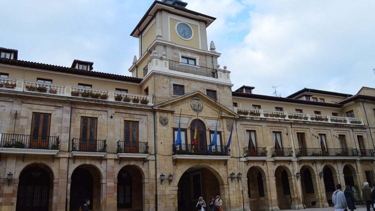 Adrián Barbón.Ayuntamiento de Oviedo