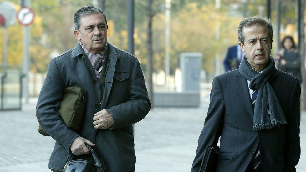 .Jordi Pujol Ferrusola (izquierda), acompañado de su abogado Javier Carrillo.