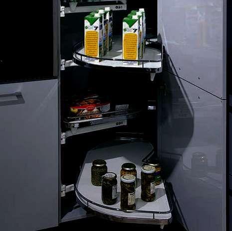 El «topless» de Karmele.La Voz sorteará el 14 de febrero dos cocinas Bíforis como esta, valoradas en 10.000 euros cada una.