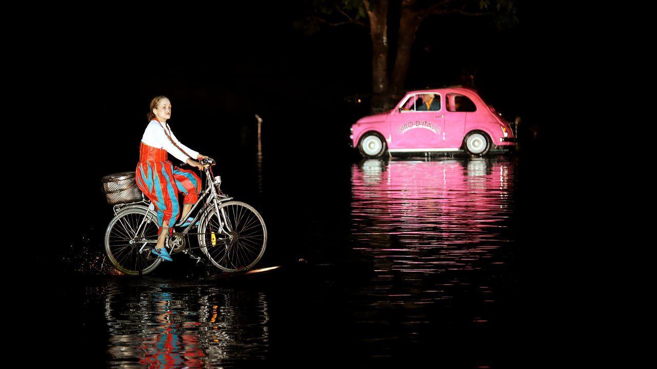 La compañia de teatro francesa Ilotopie presenta su obra «Water foos» en Bogotá