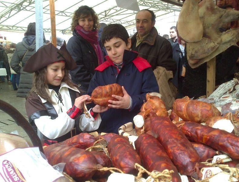 La Festa da Androlla siempre es en Domingo de Entroido.