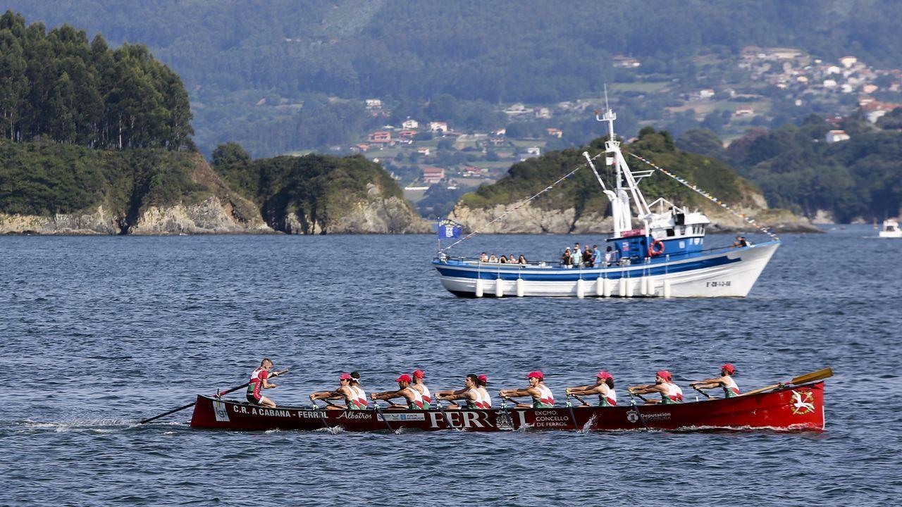 Chequeo al paseo marítimo de Mugardos.Imagen de archivo de un encuentro de categoría juvenil entre el Barallobre y el Valdoviño disputado en el 2001