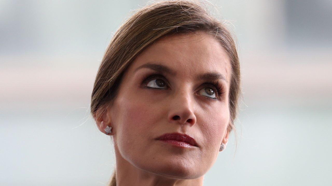 El velo de doña Letizia.La Reina de España, Letizia Ortiz