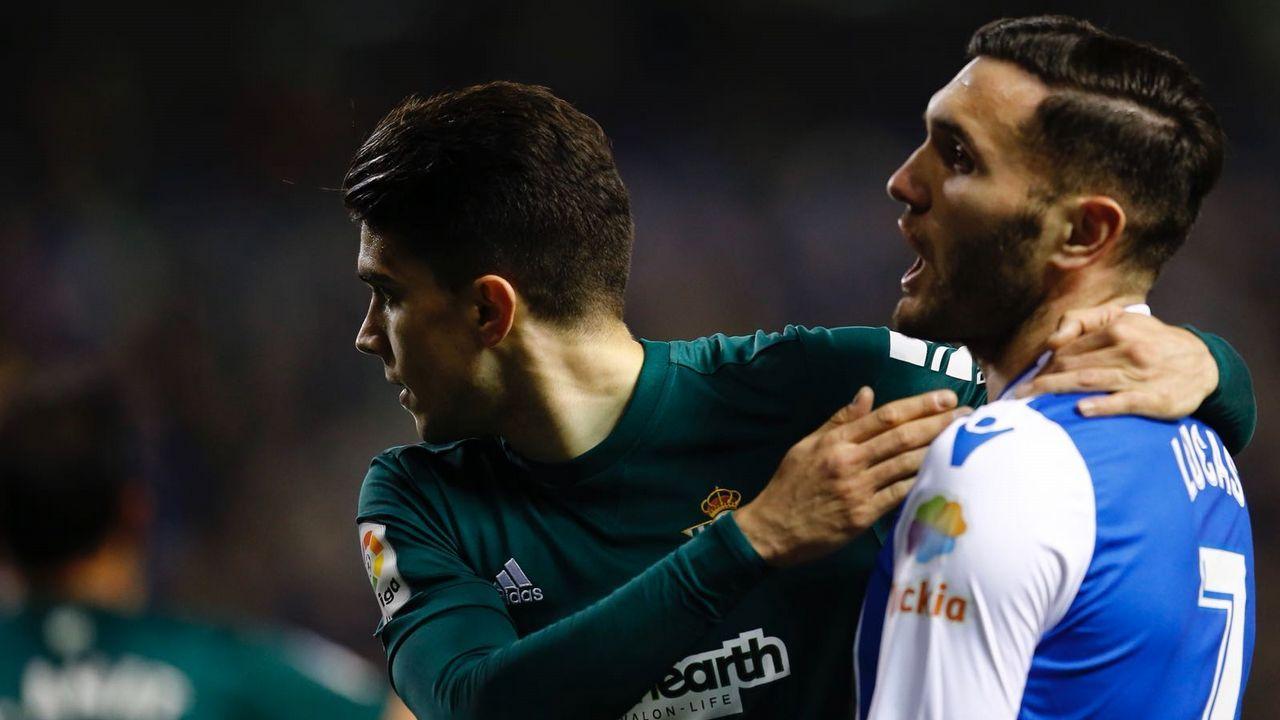 Las mejores imágenes del Alavés - Deportivo.El cadete Juan Rodríguez