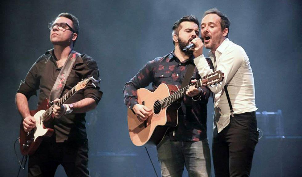 Carreteras Infinitas, primer single del último disco de Sidonie.Axel Pi, Marc Ros y Jesús Senra, integrantes de Sidonie