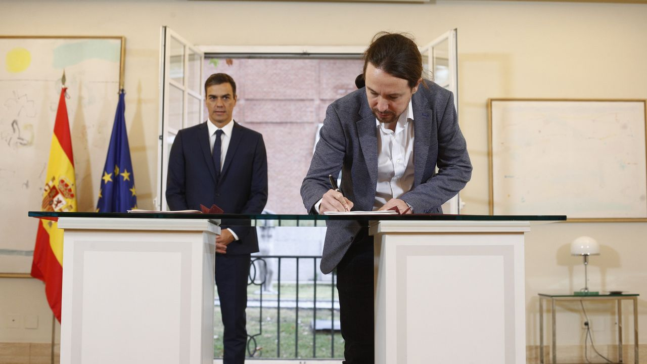 Podemos se vuelca con Alcoa y Arcelor.Sánchez e Iglesias, el 11 de octubre, en la firma del proyecto de ley de presupuestos para el 2019