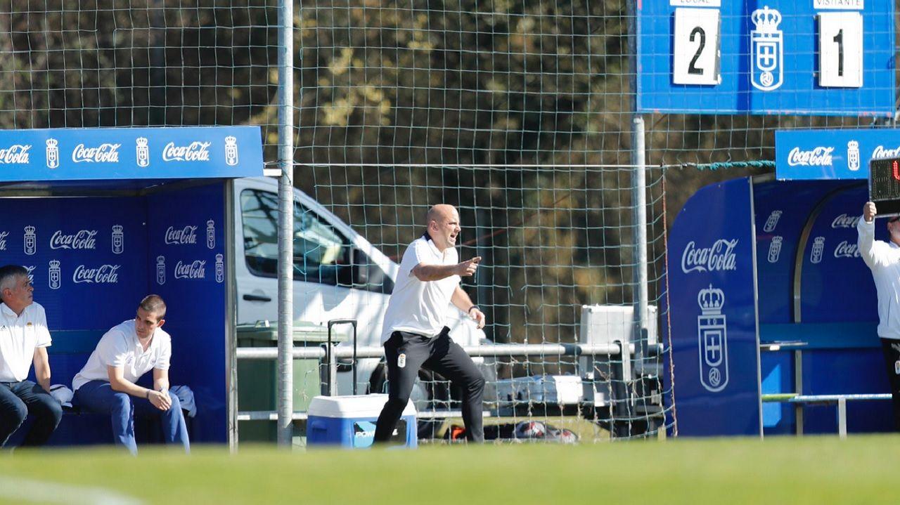 Rozada Vetusta Tudelano Requexon.El infantil A del Real Oviedo antes de un partido