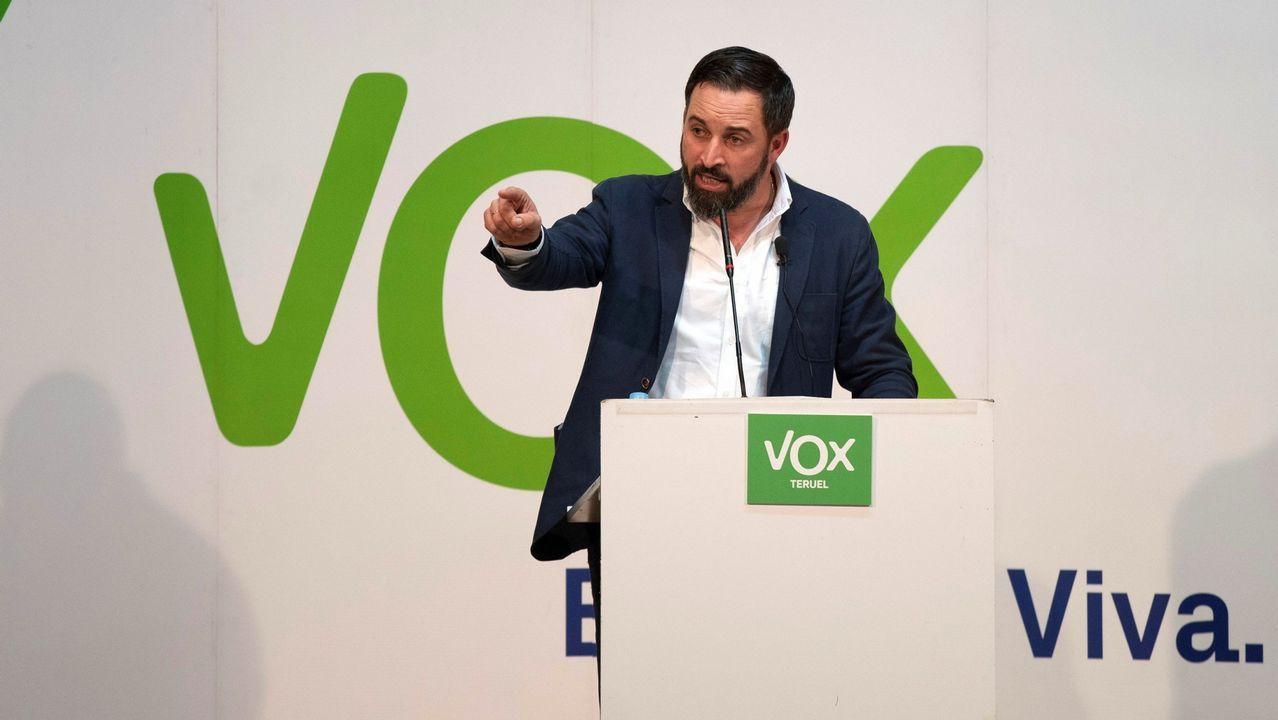 Casado dice que Torra busca un «derramamiento de sangre».El líder del PP andaluz, Juanma Moreno, busca un acuerdo que debe estar ultimado antes del 27 de diciembre