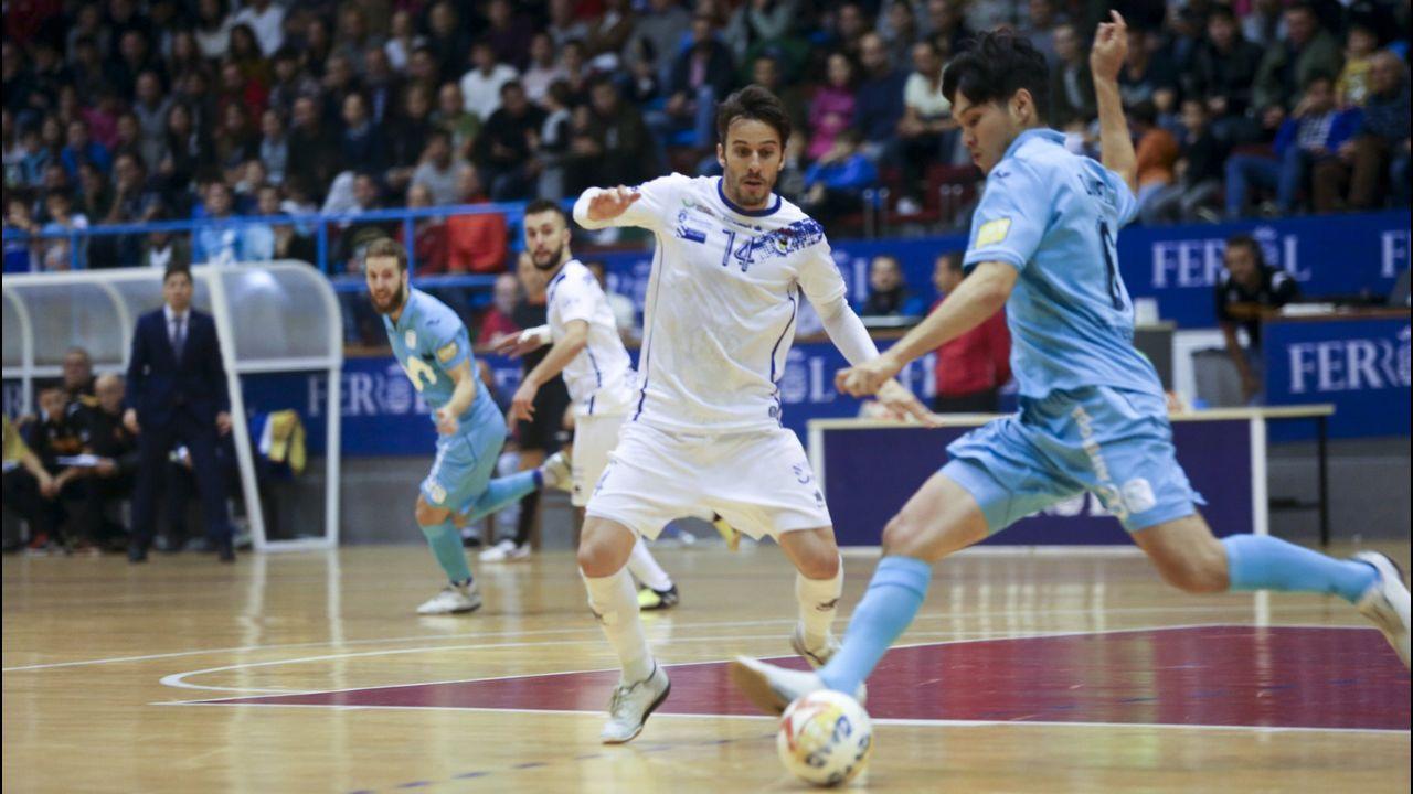 Folch Christian Fernandez Rocha Real Oviedo Huesca.Estado de la plantilla del Deportivo a 8 de agosto