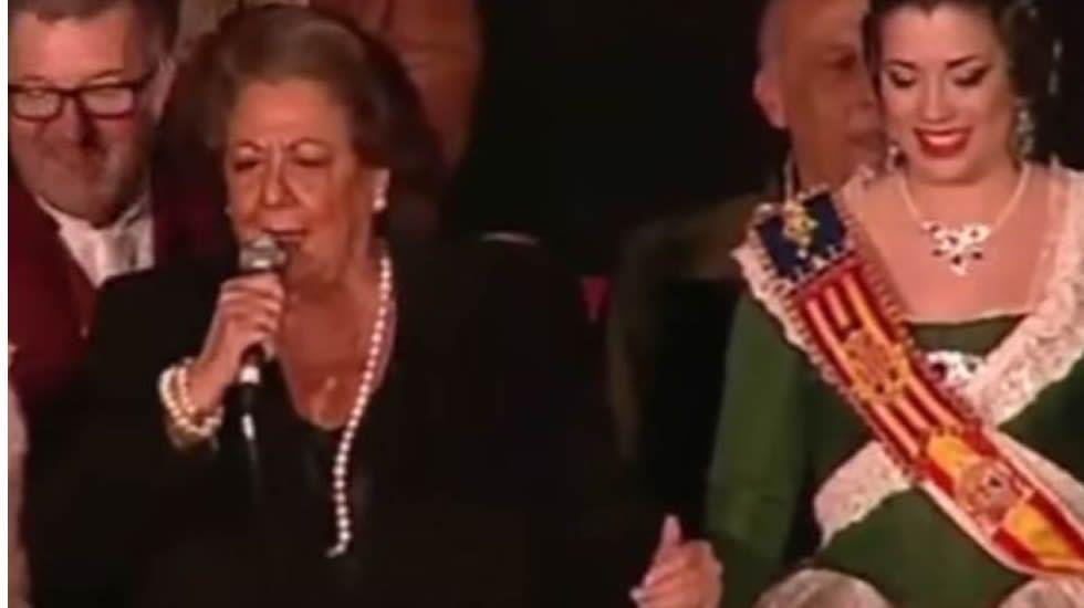El día del famoso «caloret». La alcaldesa de Valencia, Rita Barberá, dejó a los valencianos verdaderamente sorprendidos después de su discurso durante el tradicional acto de la «crida» de las Fallas.