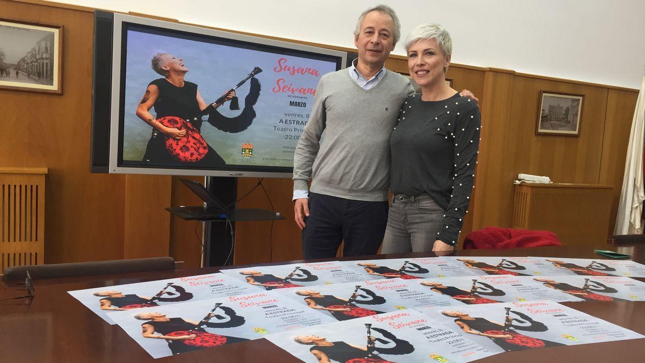 El kilómetrocero del feminismo gallego.Susana Seivane nun concerto de homenaxe ao poeta Manuel María celebrado na Coruña o pasado setembro