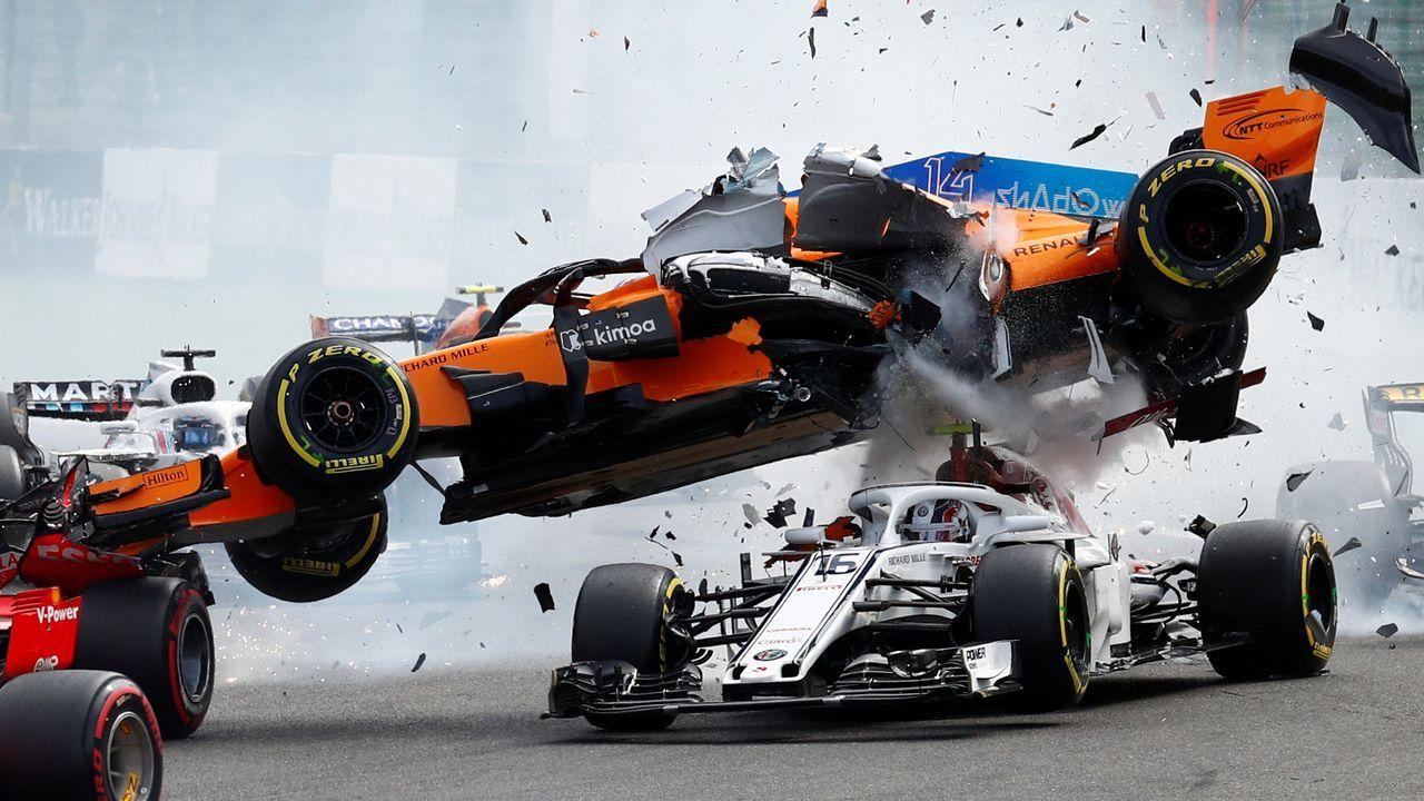 El vuelo del coche de Fernando Alonso