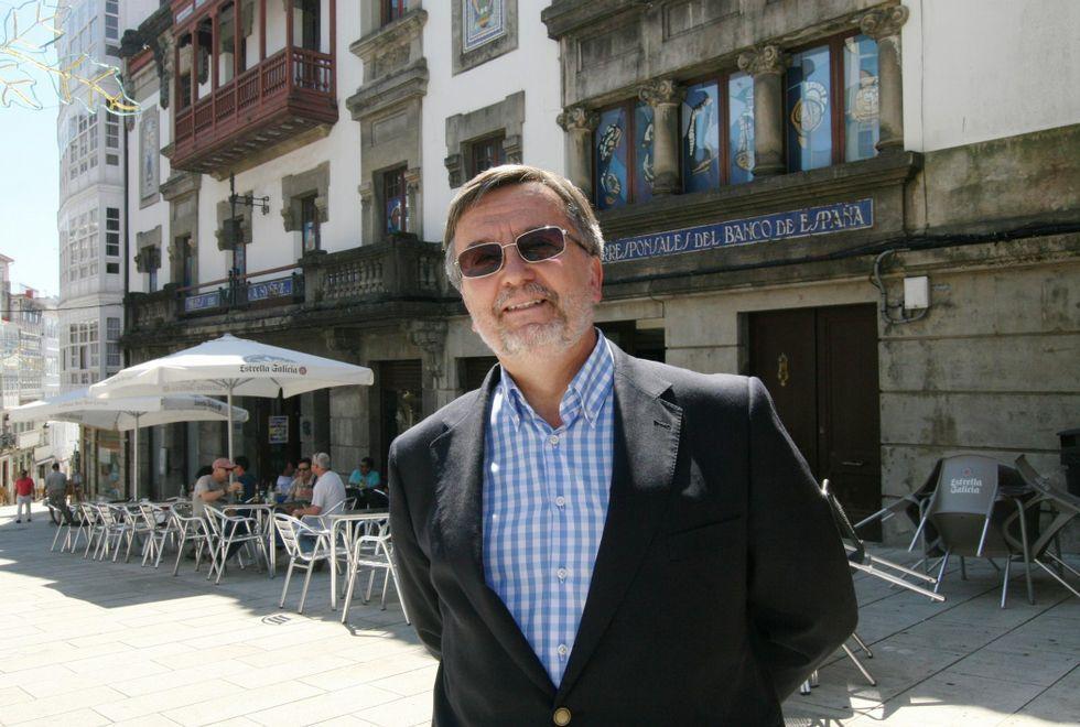 Kandinsky llega a Cibeles.Agustín Núñez, embajador de España en Polonia, está pasando estos días de fiesta en su Betanzos natal.