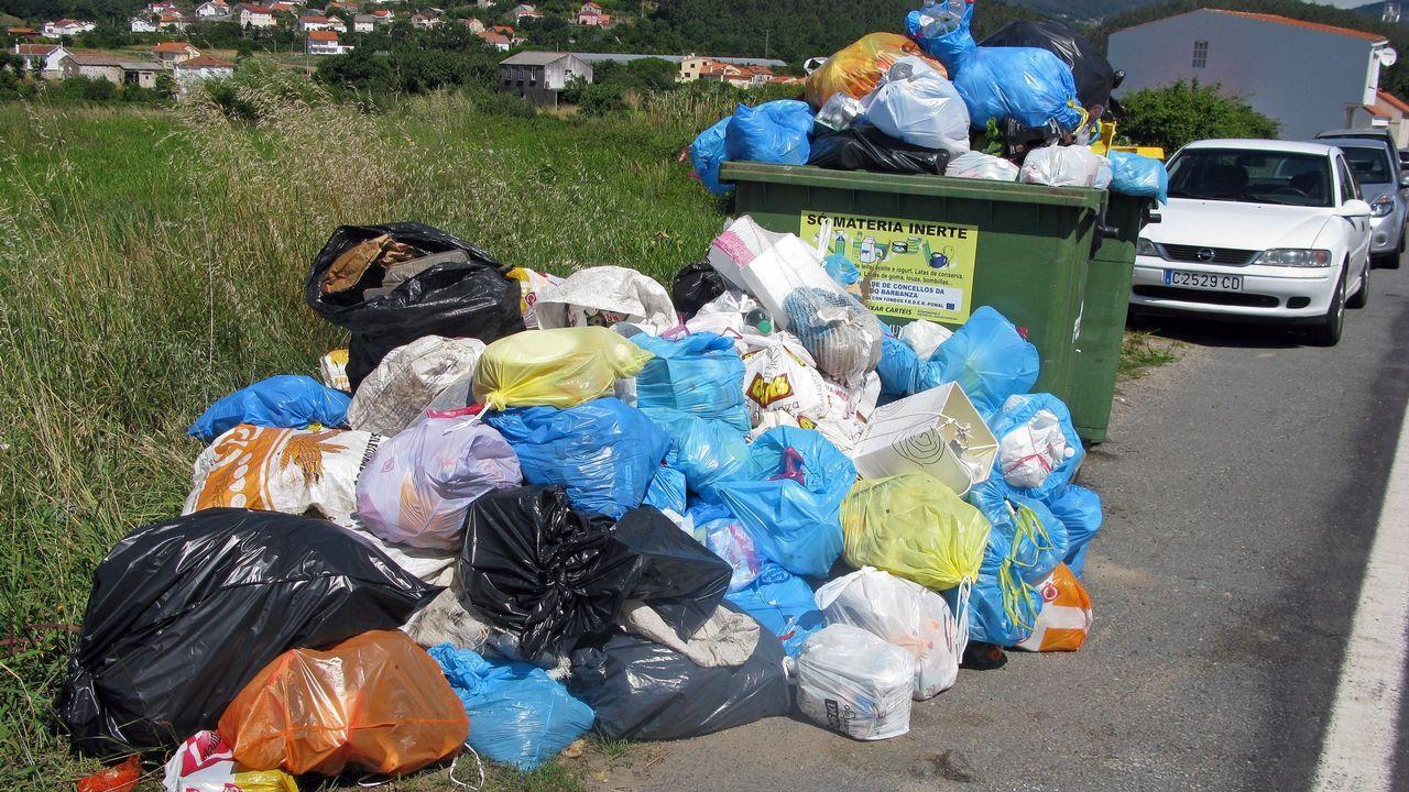 Vista de la contaminación en Oviedo.Sistema de reciclaje en la planta de exposición de Cogersa