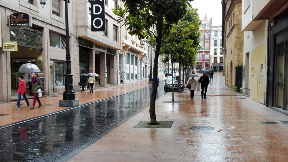 Lluvia en Oviedo.Lluvia en Oviedo