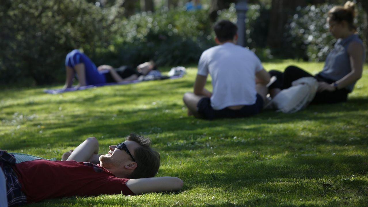 Galicia se aleja un poco más de América