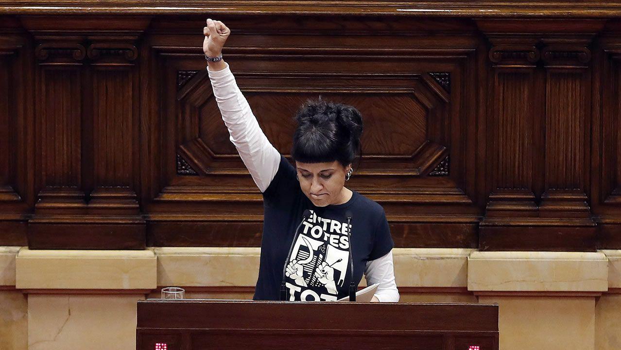 Sáenz de Santamaría: «Es nuestra obligación legal aplicar el artículo 155».PLENO DEL CONCELLO DE A CORUÑA CON LA VOTACION DE LOS PRESUPUESTOS MUNICIPALES. EL ALCALDE XULIO FERREIRO BAAMONDE