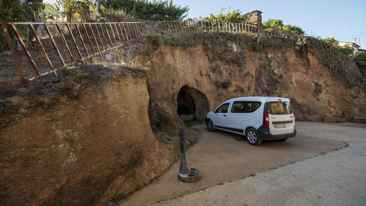 Una boca de la mina de Cova dos Mouros, en Peites