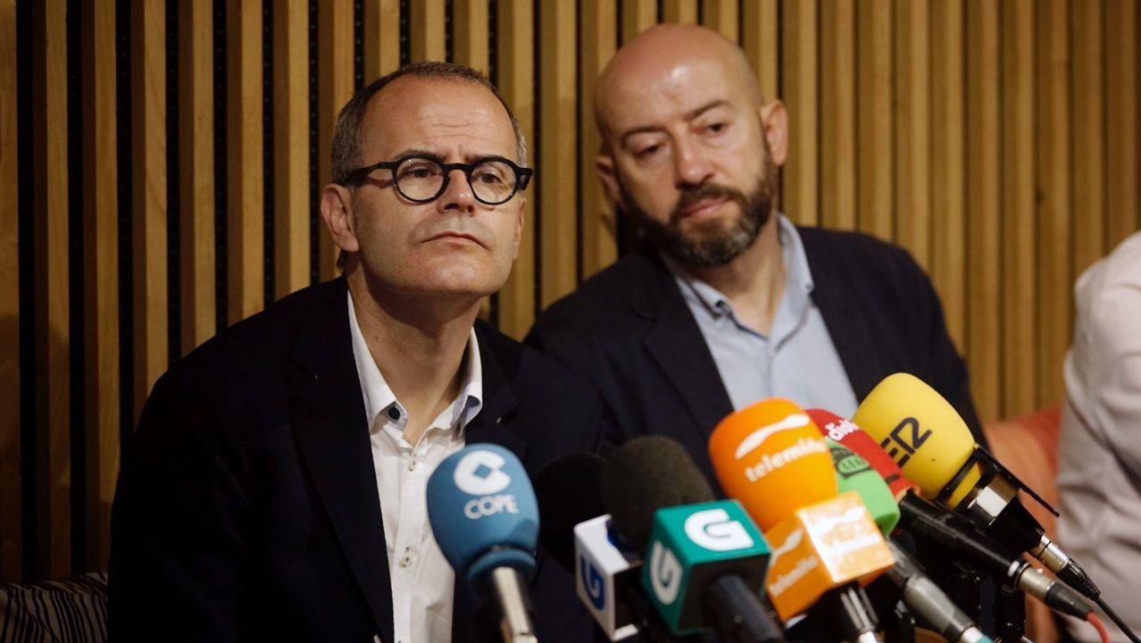 Jesús Vázquez (izquierda) y José Araújo cuando este último aún militaba en el PP y era portavoz del gobierno municipal