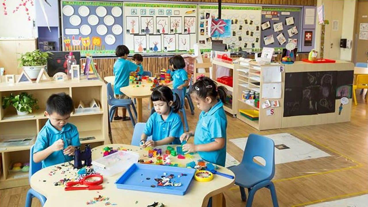 Clase de educación infantil en una escuela de Singapur