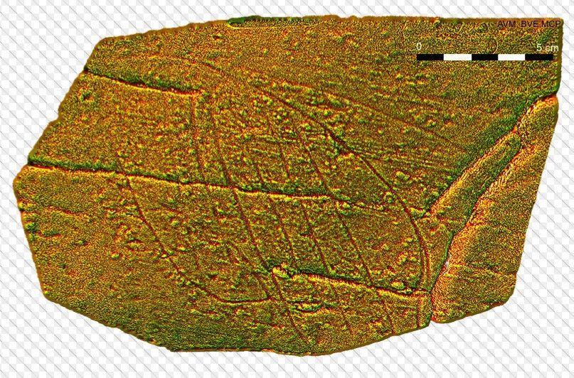 Una prueba exitosa. En un reciente congreso científico celebrado en Noruega se presentó esta imagen tridimensional de un grabado paleolítico de Cova Eirós al que los arqueólogos dieron el nombre de Panel IV. Como otros diseños trazados en la cueva, es díficil distinguirlo a simple vista.