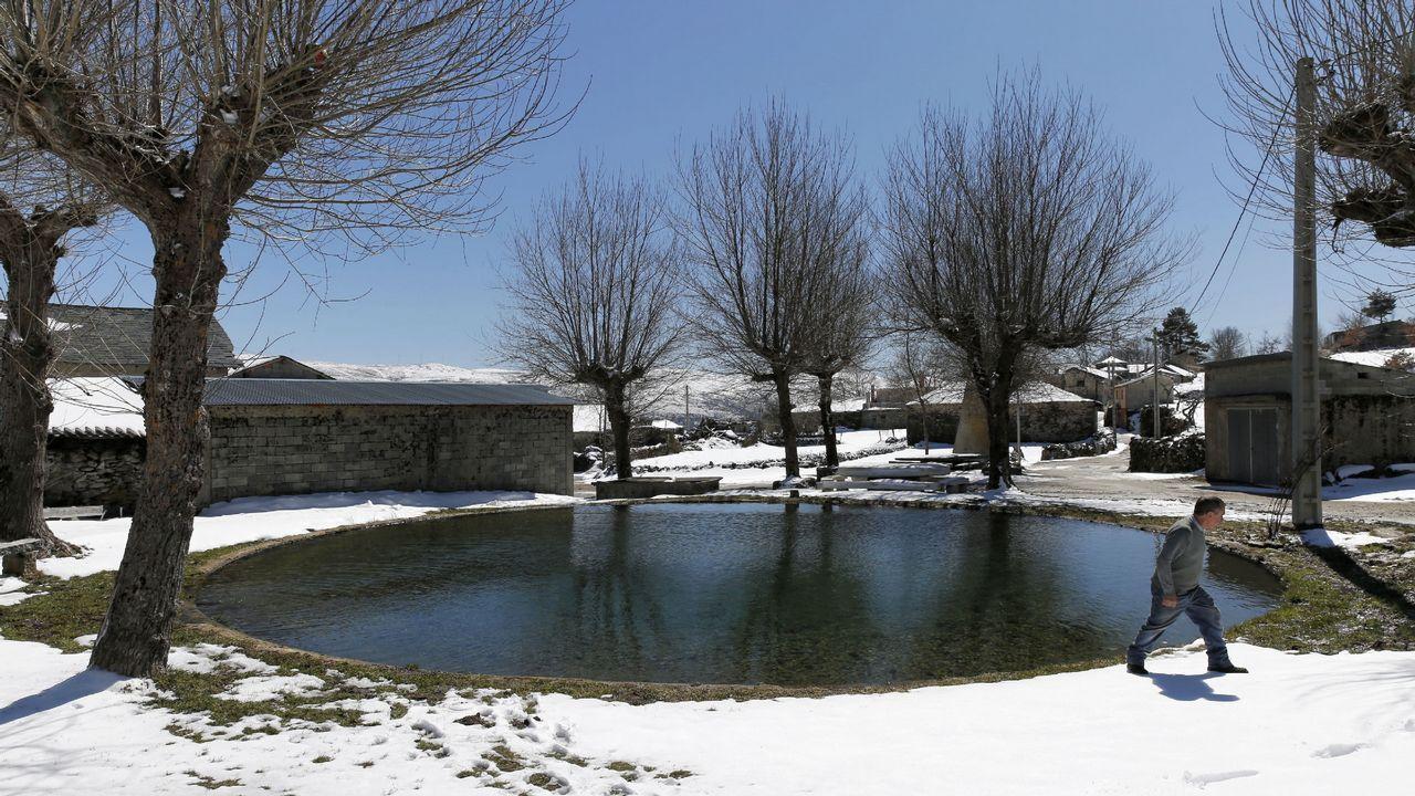 Cepedelo es el pueblo más alto de Galicia, a 1.300 metros de altitud, en Viana de Bolo