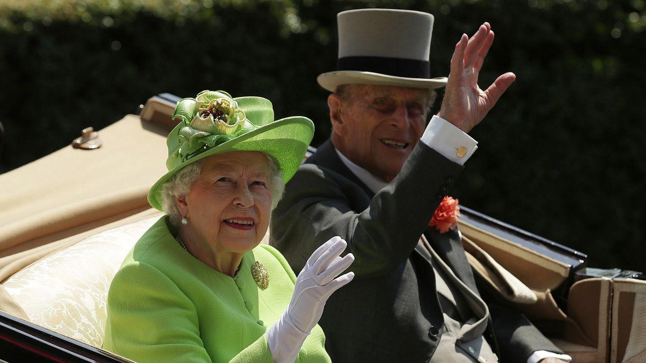 Isabel II y Felipe de Edimburgo, el 20 de junio de 2017, en un acto