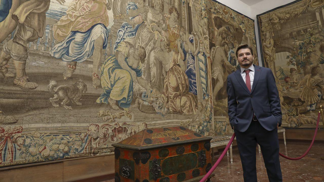 El tesoro de la catedral de Santiago: de tapices de Goya a monedas medievales.
