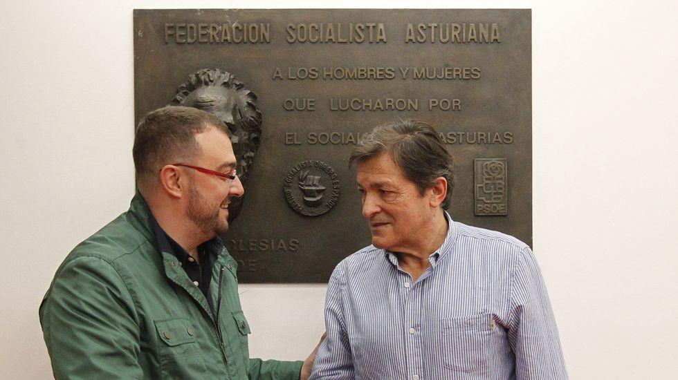 Trump arremete contra el ejército europeo propuesto por Macron: «Es insultante».Javier Fernández y Adrián Barbón