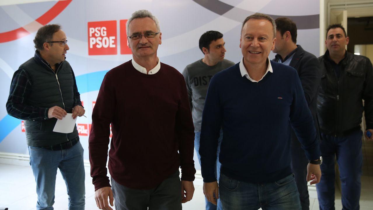 Pachi Vázquez presenta su nuevo proyecto político para moverse en la «centralidade».Núñez Feijoo en la rueda de prensa posterior a la reunión del Consello de la Xunta