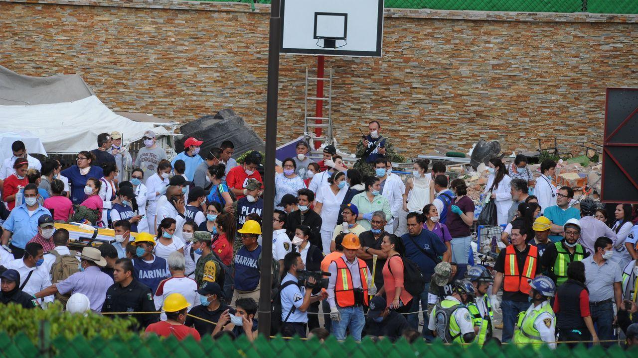 .Labores de rescate en el colegio Enrique Rebsamen de México