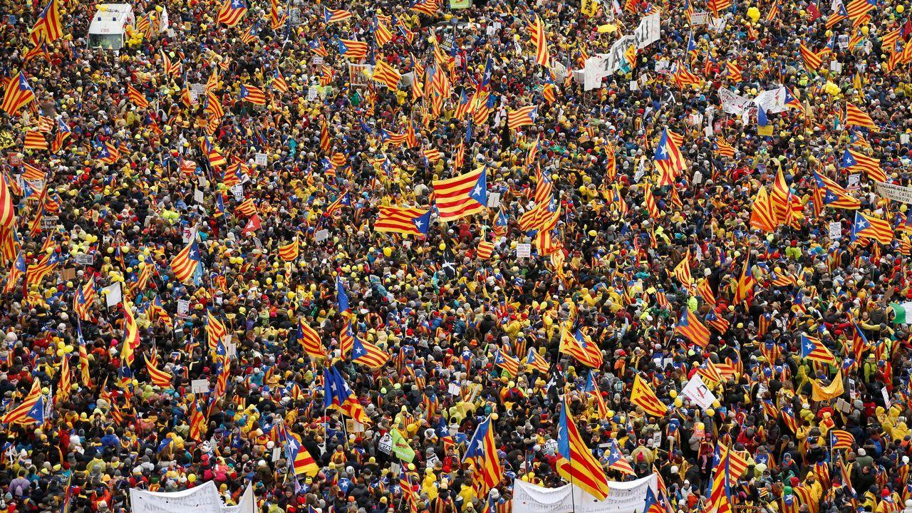 Puigdemont arremete de nuevo contra la UE en una manifestación en Bruselas.