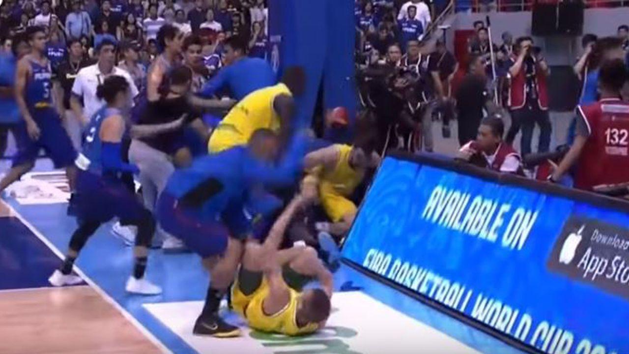 Brutal batalla en el Filipinas - Australia