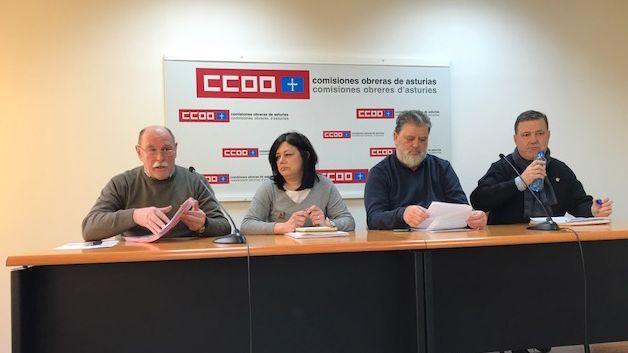 Manifestación de pensionistas en Oviedo.Soldador