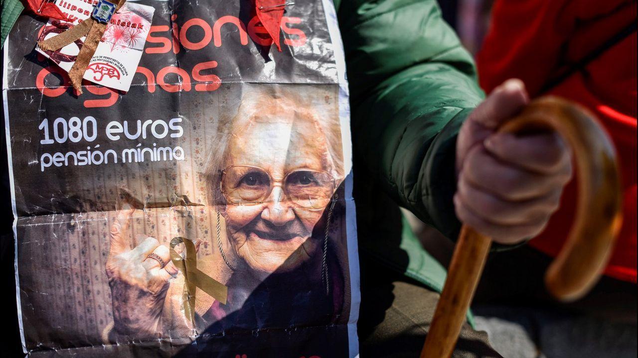 violencia de género, feminista, feministas, feminismo, agresiones a mujeres.La pensión media en Galicia se situó en enero en 833,31 euros
